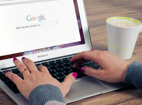Référencement naturel : mettre en place une stratégie rédactionnelle pour gagner des positions sur Google