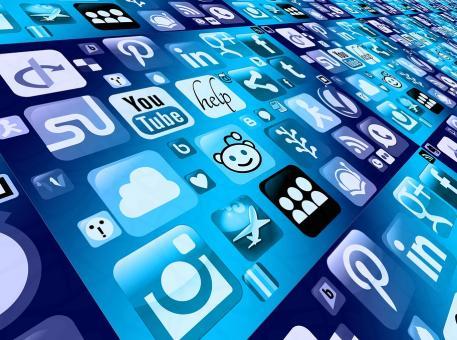 Social Media : quelle est la place des médias sociaux dans les entreprises françaises ?